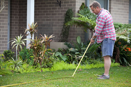 How To Lay Turf - Measuring